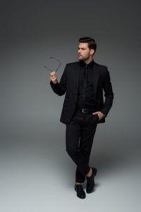 Cómo vestir si eres un hombre bajito
